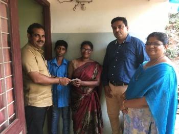 Lions club of calicut silver hills for K muraleedharan family photo